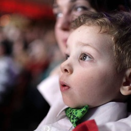 How to Still Enjoy the Magic of Live Theatre with Your Family this 2020 Holiday Season
